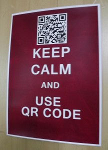 Keep Calm and Use QR Code -- vítězný poster Denisy Vilhelmové